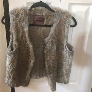 525 America real rabbit fur vest